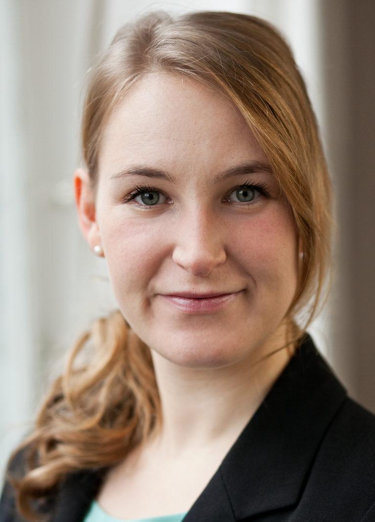 Tamara Moll